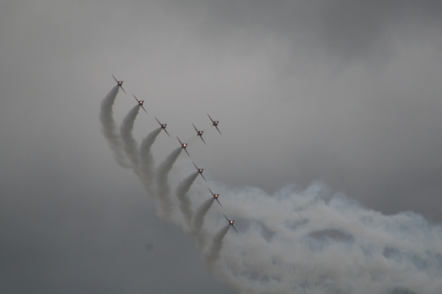 the red arrows 2008